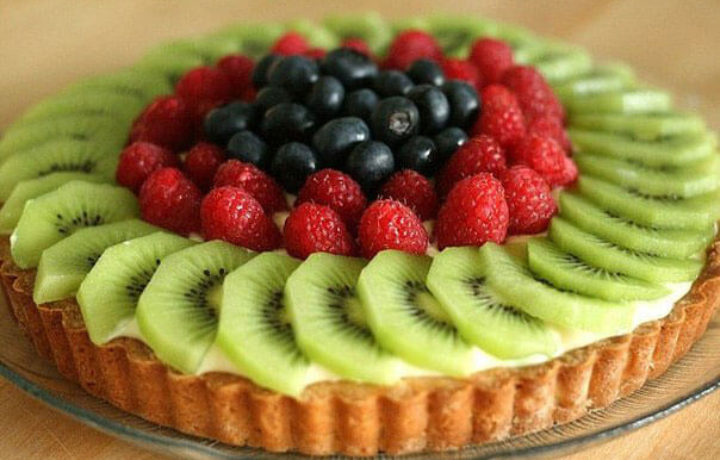 idea-fruktovogo-dekora-torta