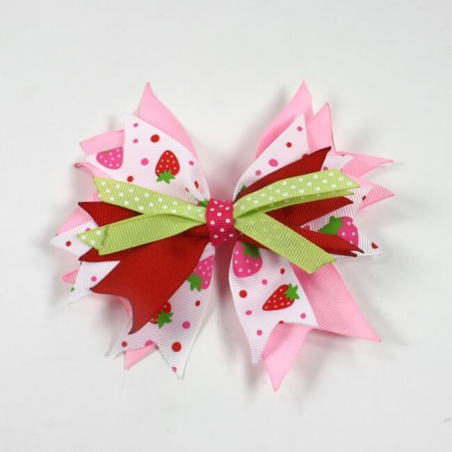 Как завязать бант из атласной ленты на подарок